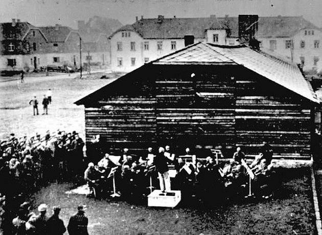 Orchestr v Osvětimi