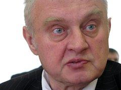 Europoslanec za KSČM Miloslav Ransdorf.