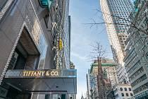 Americké klenotnictví Tiffany & Co. odkoupila konkurence v podobě skupiny Louis Vuitton