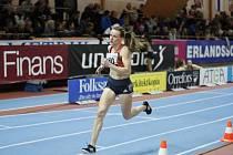 Česká běžkyně Simona Vrzalová v závodu na 1500 metrů na mítinku ve Stockholmu.