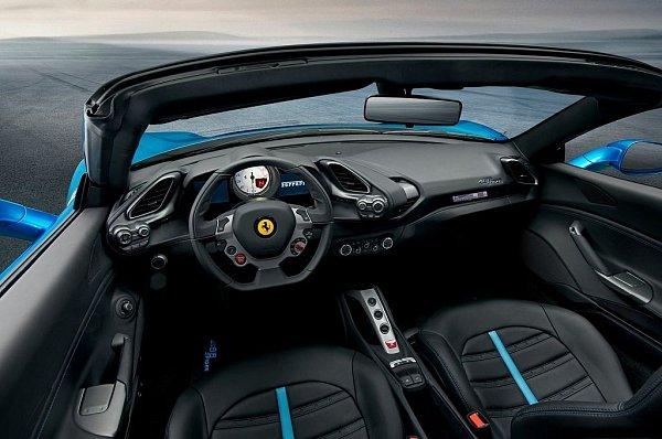 Ferrari 488Spider.