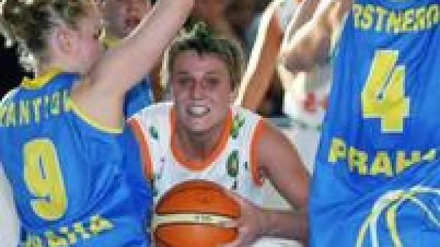 Basketbalistky Brna a USK se znovu utkají ve finále ligy. To letošní by mohlo přinést větší drama.