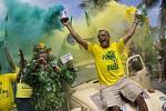 Prezidentské volby v Brazílii. Fanoušci vítěze Jaira Bolsonara.