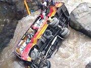 Havárie autobusu v Indii