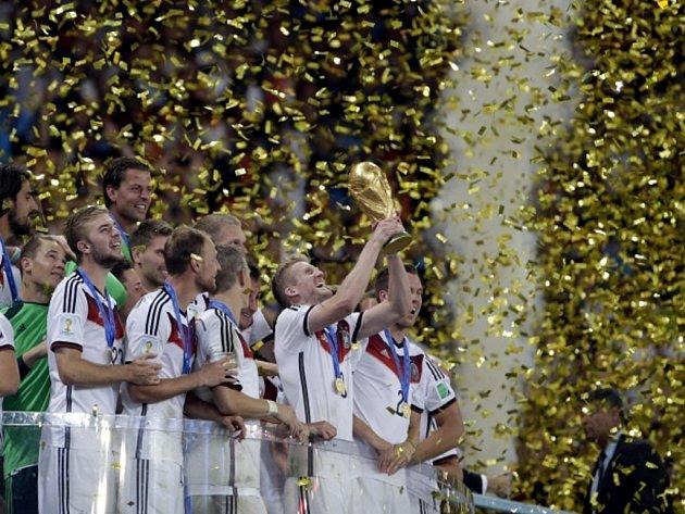 Dokázali to. Fotbalisté Německa se stali mistry světa.
