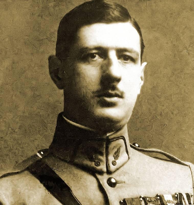 Mladý Charles de Gaulle v době po vypuknutí první světové války