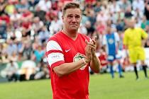 Petr Švancara se při své rozlučce rozplakal. Dojali ho fanoušci, kteří skandovali jeho jméno, anebo syn svým gólem.
