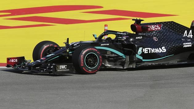 Lewis Hamilton z Mercedesu ve Velké ceně Ruska.