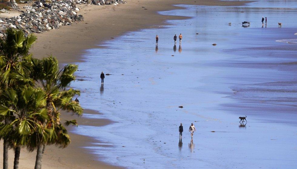 Prakticky liduprázdná je i oblíbená pláž Zuma ve floridském letovisku Malibu.