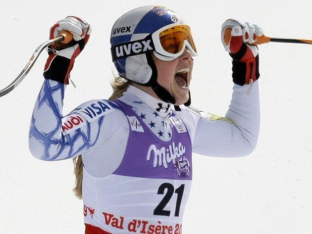 Světový pohár v alpském lyžování má svou královnu. Stejně jako loni ovládla celkové hodnocení čtyřiadvacetiletá Američanka Lindsey Vonnová.