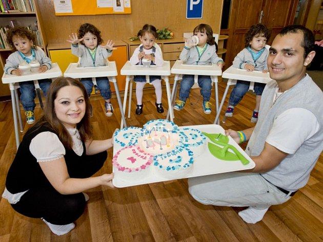 První česká paterčata se po delší době opět ukázala veřejnosti po tom, co oslavila svoje druhé narozeniny.