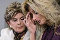 Summer Zervosová podala žalobu na Donalda Trumpa kvůli sexuálnímu obtěžování.