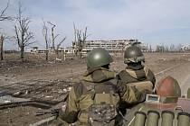 Ukrajinská armáda od půlnoci nezaznamenala na frontě s proruskými separatisty na východě Ukrajiny žádné porušení klidu zbraní.