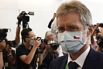 Předseda českého Senátu Miloš Vystrčil přiletěl 30. srpna 2020 do Tchaj-peje na návštěvu Tchaj-wanu
