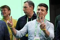 Ukrajinský prezident Volodymyr Zelenskyj ve volebním štábu své strany po zveřejnění odhadů parlamentních voleb