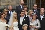 Tenista Radek Štěpánek si vzal v katedrále sv. Víta v Praze za manželku Nicole Vaidišovou.