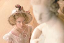 Být svá. Anya Taylor-Joy jako nejnovější filmová Emma Jane Austen.