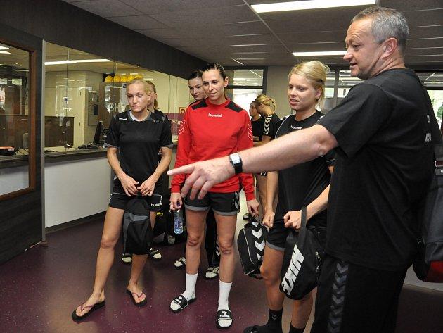 Česká házenkářky před zápasem v Nizozemsku