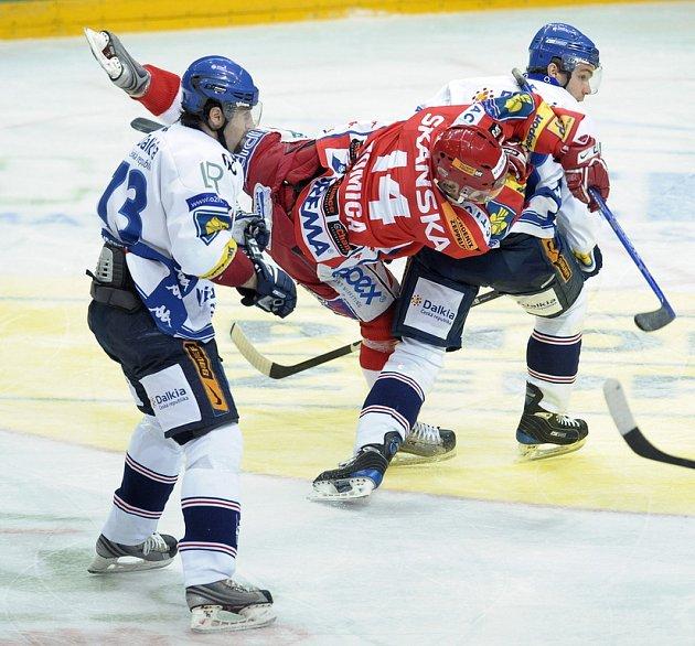 Slávista Tomica se dostal do presu dvou hráčů Vítkovic.