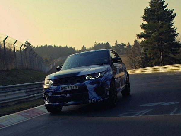 Range Rover Sport SVR na Nürburgringu.