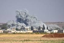 Oblast je již druhým dnem terčem intenzivního ostřelování ze strany vládních letounů.