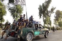 Bojovníci hnutí Tálibán v afghánském městě Kandahár, 15. srpna 2021