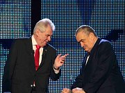 Miloš Zeman se v sobotu 26. ledna 2013 stal vítězem druhého kola prezidentských voleb. Se svým týmem slavil ve volebním studiu v Top Hotelu na pražském Chodově.
