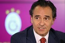 Bývalý trenér fotbalistů Itálie Cesare Prandelli.