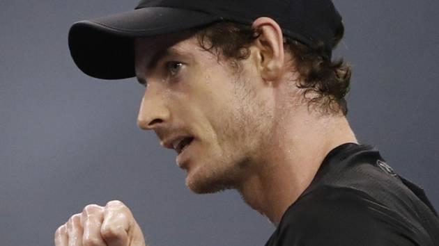 Andy Murray triumfoval na Masters v Šanghaji.