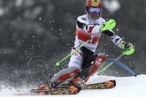 Marcel Hirscher při slalomu v Lenzerheide