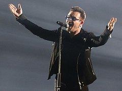 Frontman a zpěvák irské skupiny U2 Bono.