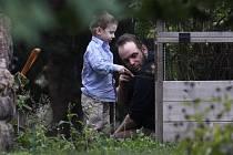 Propuštění kanadsko-americké rodiny držené v zajetí