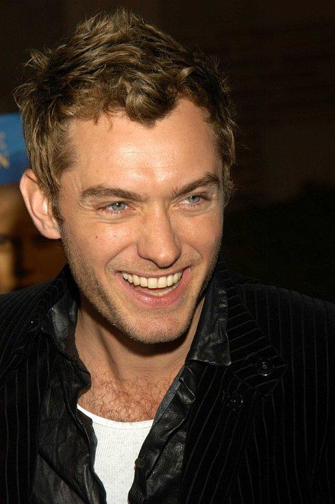 Jude Law má za sebou desítky filmových rolí.