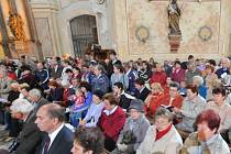 zádušní mše v kostele