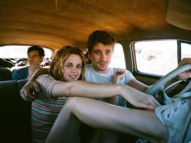 Slavný Kerouacův román Na cestě se dočkal zfilmování. Road movie je nyní v hlavní soutěži na MFF v Cannes.