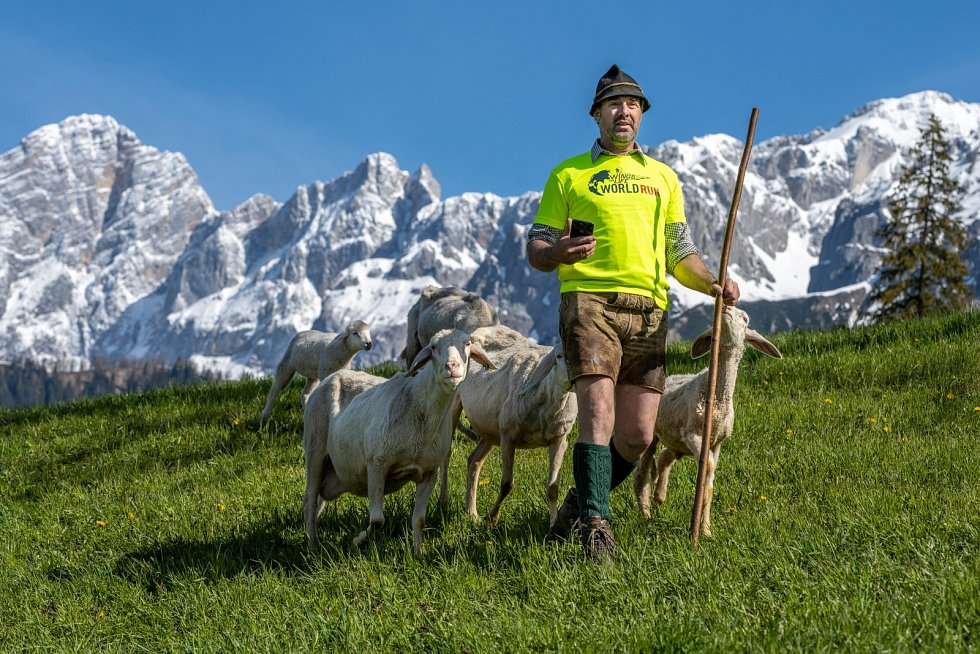 V Alpách startovali a pomáhali i pastevci