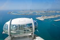 Nové vyhlídkové kolo v Dubaji, Ain Dubai, je největším svého druhu na světě. Nabízí tři druhy kabin. Do každé se vejde čtyřicet lidí. Jedno otočení kola trvá 38 minut.
