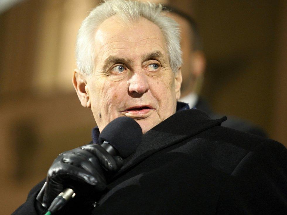 Prezident Miloš Zeman navštívil obyvatele Bučovic, stal se tak druhým prezidentem, co tak učinil. Hned po Tomáši Garrigue Masarykovi.