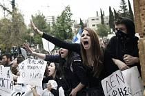 V Nikósii demonstrovaly tisíce lidí