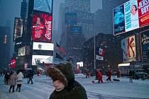 New York se připravuje na největší sněhovou bouři v dějinách města.