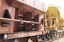 Železnice, nákladní vlaky - ilustrační foto