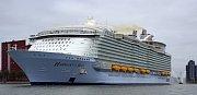 2. Harmony of the Seas - délka 362 metrů, hrubá tonáž 226 963 GT