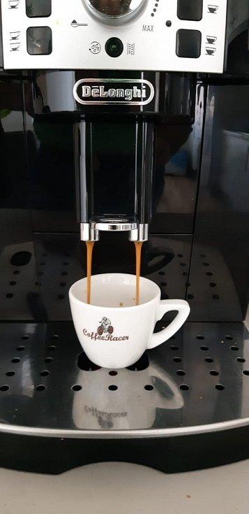 Radek Červenka svou vášeň pro cyklistiku propojil se světem kvalitní kávy
