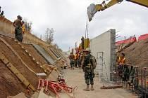 Výstavba zdi na americko-mexické hranici