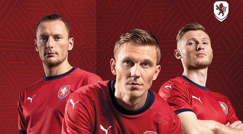 Fotbalová reprezentace představila nové dresy.