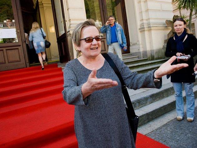 ZNOVU NA PLÁTNĚ. Režisérka Agnieszka Holland, která letos předsedá hlavní porotě, uvedla svůj Hořící keř v Městském divadle.
