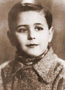 Sergio de Desimone, sedmiletý chlapec z italské židovské rodiny, jenž patřil mezi zavražděné děti