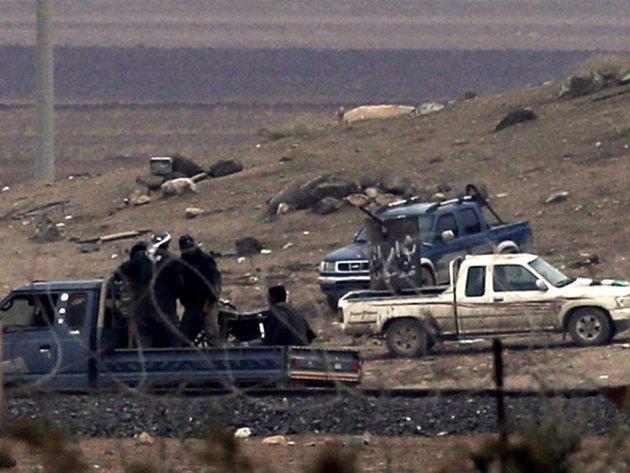 Radikálové z organizace Islámský stát posílili své oddíly bojující o severosyrské město Kobani. Ilustrační foto.