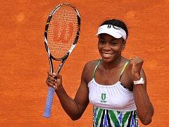 Venus Williamsová porazila ve 2. kole českou tenistku Lucii Šafářovou.