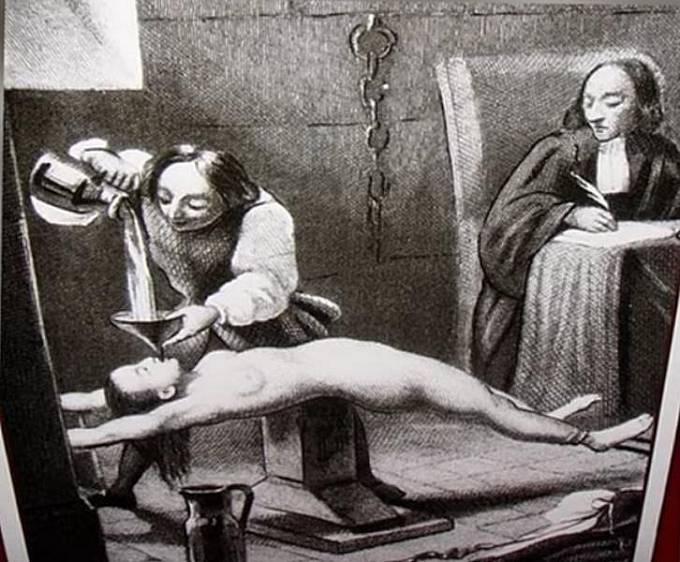 Mučení octem